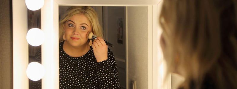 header-makeup